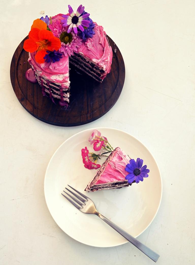 holi_cake3a