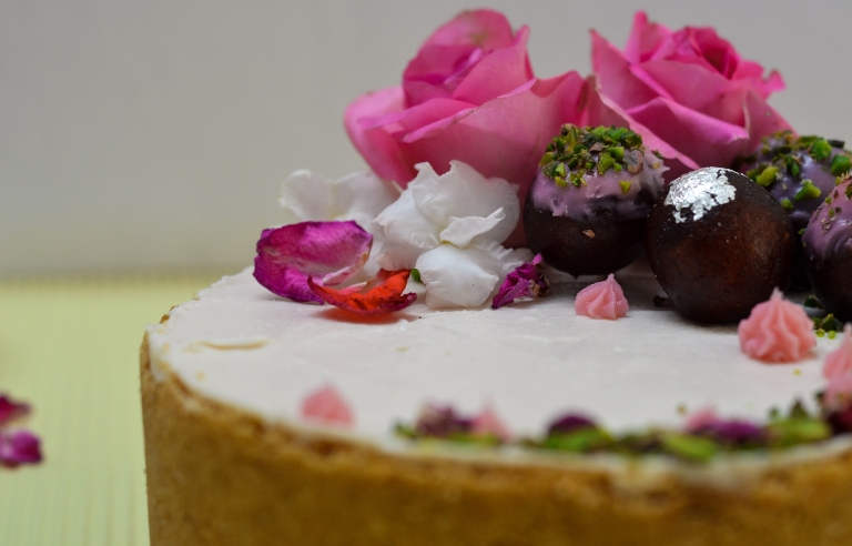 gulab-jamun-cheesecake