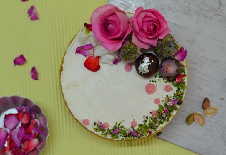 gulab-jamun-rose-cheesecake-pistachio